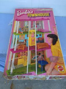 Barbie's Townhouse 3 1/2' High In Box Mattel Vintage 1974