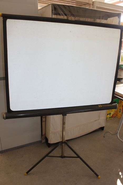 Coronet Knox Film Projector Screen Photo 1