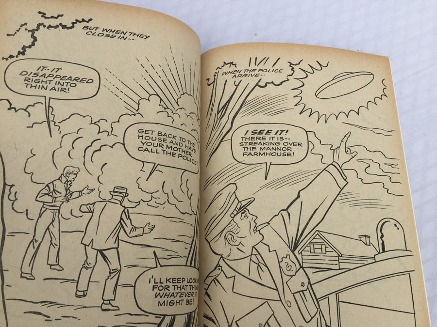 UFO Space Strangers Coloring Book Whitman