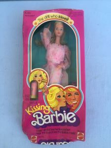 Kissing Barbie New In Box (Box Has Some Damage) Mattel 1978