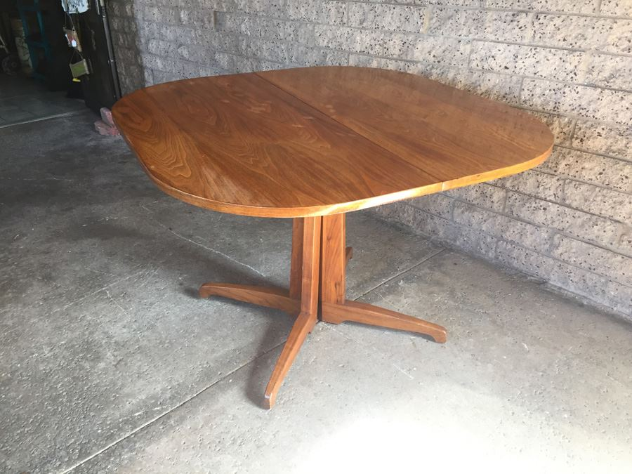 Mid Century Modern Table With 6 Cane Back Chairs By Foster
