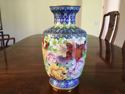 Fine Chinese Cloisonné Vase 12 Inch Tall Stunning