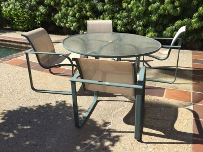 Outdoor Patio Set With Four Chairs