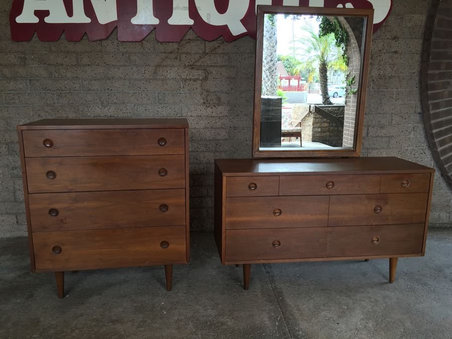 Stanley Mid Century Modern Bedroom Set Of Two Chest Of Drawers With Mirror  [Photo
