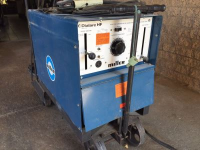 Miller Dialarc HF AC/DC Tungsten-Arc Or Shielded Metal Arc Welding Machine