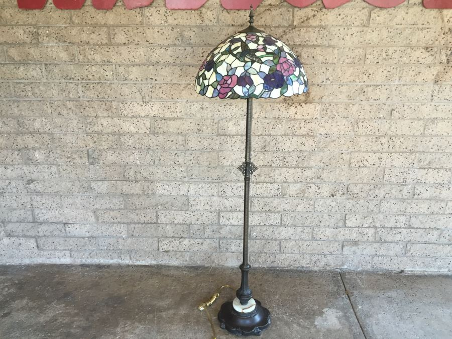 Delightful Stunning Dale Tiffany Floor Lamp With Hummingbird And Floral Motif [Photo 2]