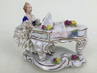 Vintage German Porcelain Dresden Lace Victorian Lady Piano Figurine Figure 5883