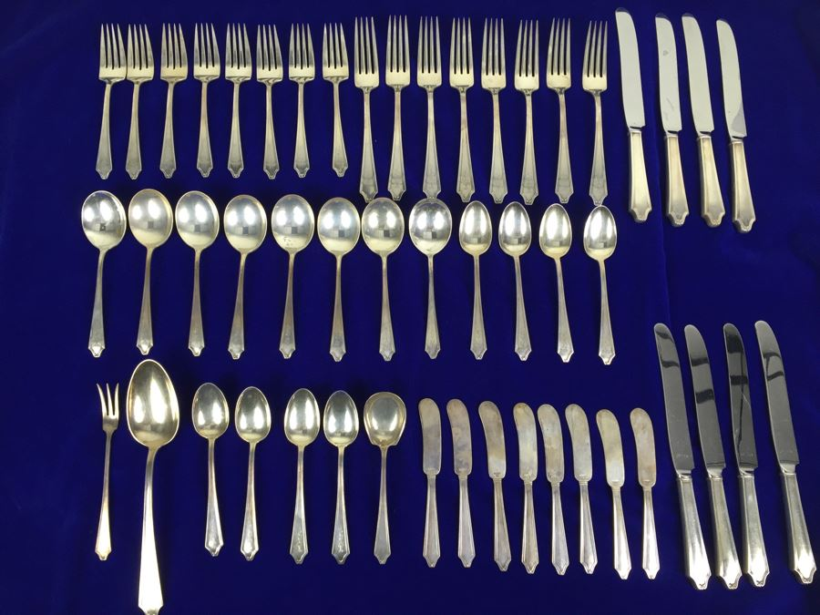 Sterling Silver Flatware Set By International With Silver Storage Cloths 1,438g Sterling Flatware + 112g Sterling From Knife Handles = 1,550g = $808 Melt Value [Photo 1]