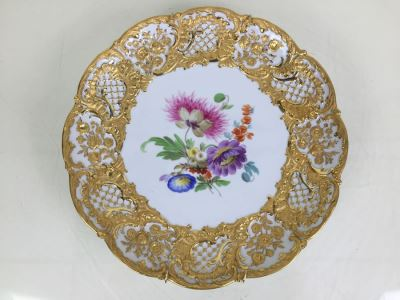 Stunning Vintage Meissen Porcelain Large Gold High Relief With Floral Pattern Plate Germany