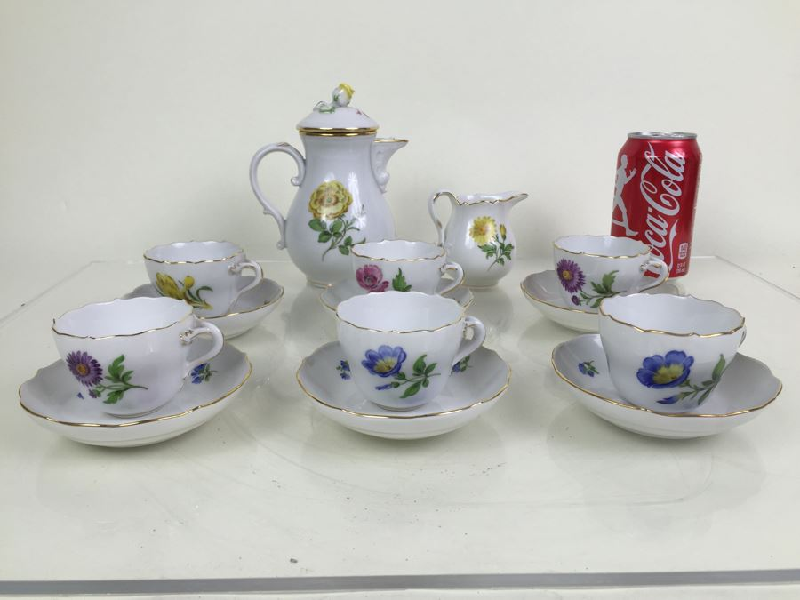 Nice Vintage Meissen Coffee Tea Service With Teapot, Creamer Bowl And 6 Meissen Cups With Saucers Germany Hand Painted Floral Motif [Photo 1]