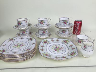 Set Of Royal Albert Bone China England In Petit Point China Pattern