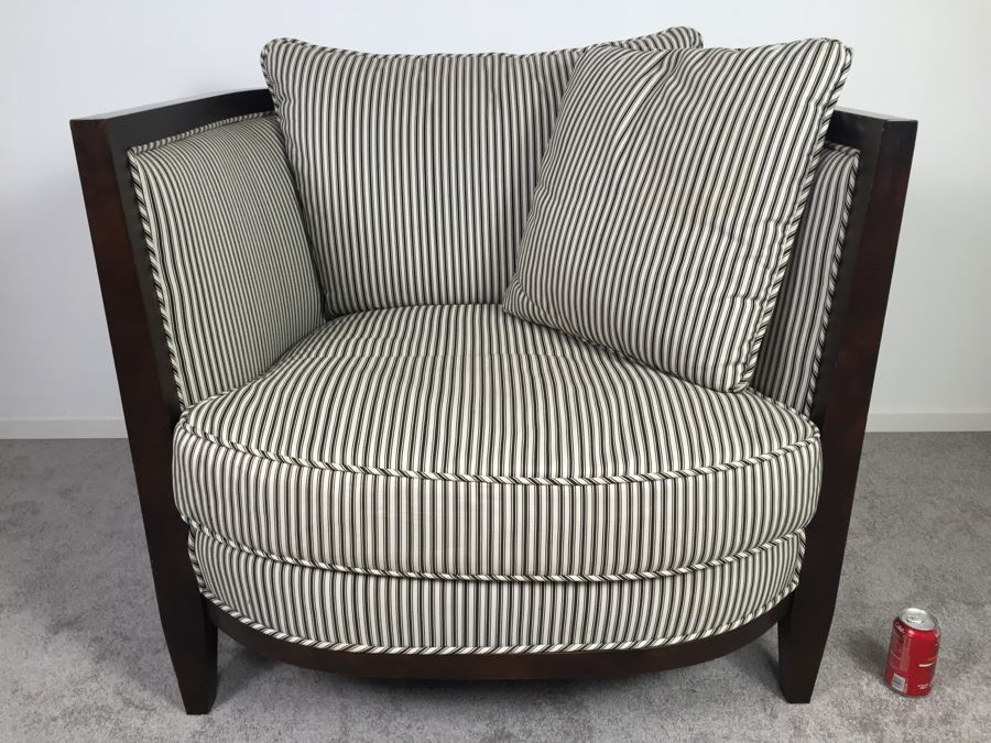 Large Oversized Upholstered Armchair By Regency House Inc Hickory, North  Carolina [Photo 1]