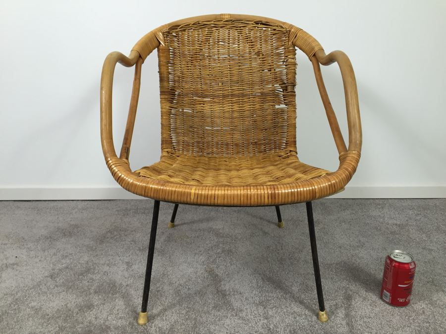 Mid Century Wicker And Metal Chair [Photo 2]