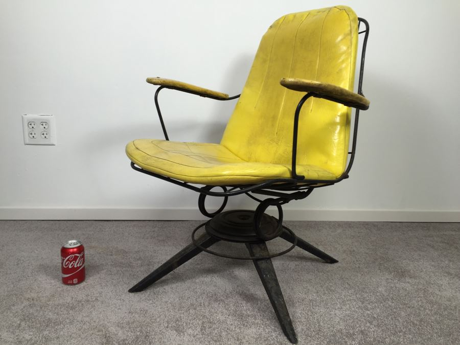 Mid Century Modern Homecrest Furniture Metal Wire Swivel Rocker Armchair  Bottemiller With Banana Yellow Cushions