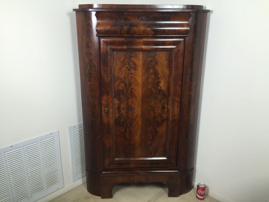 STUNNING Antique Burled Walnut Corner Cupboard China Cabinet With Lockable  Door And Drawer And Skeleton Key - STUNNING Antique Burled Walnut Corner Cupboard China Cabinet With