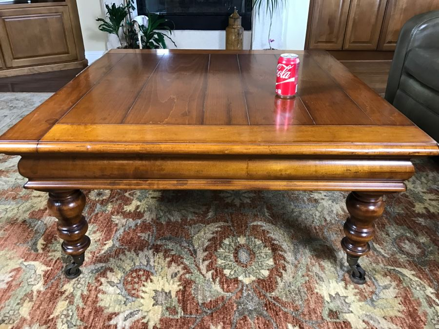 Very Nice Maple Coffee Table With Turned Legs On Casters By