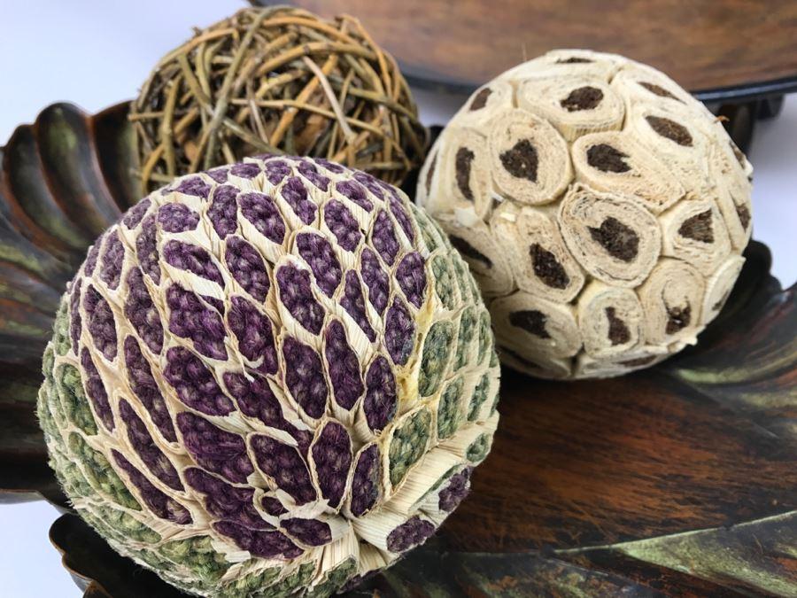Metal decorative balls home decor