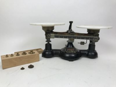 Vintage OHAUS Scale With Weights And Custom Box