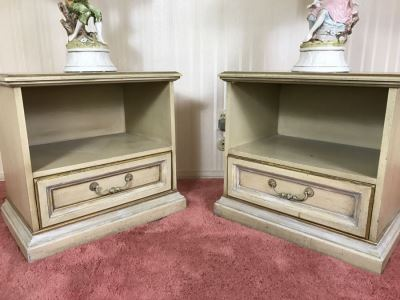 Vintage 1969 Campanile By Drexel Furniture Pair Of Nightstands Side Tables