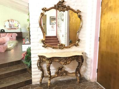 Fine Gilt Wood Wall Mirror With Matching Marble Top Entry Way Console Table Carved With Flowers And Acanthus Leaves