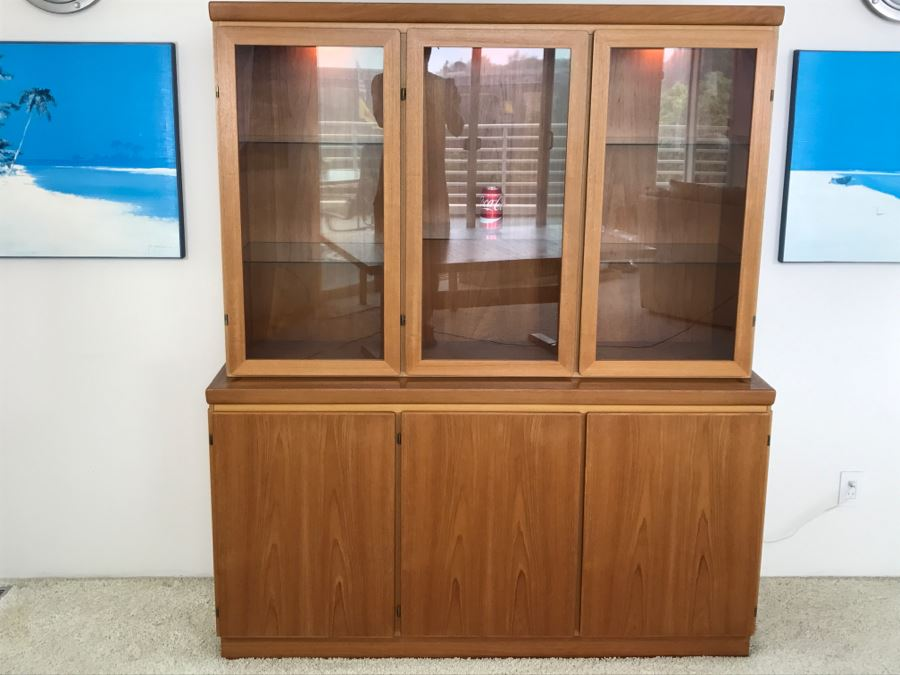 Danish Mid Century Modern Teak China Cabinet Credenza Hutch Possibly Rasmus  [Photo 2]