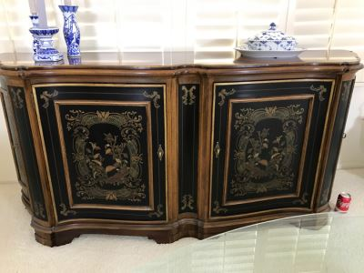 Drexel Heritage Hampshire 4 Door Chinoiserie Paint Decorated Buffet With Silverware Cloth Storage Drawers