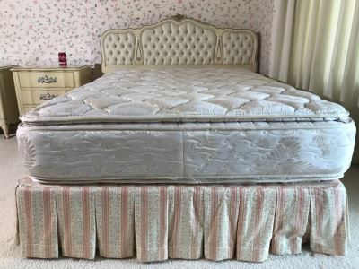Tufted Yellow And Gold French Provincial Queen Size Headboard With Mattress And Boxspring
