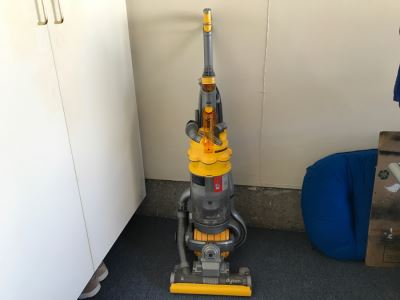 Dyson DC15 The Ball Vacuum Cleaner