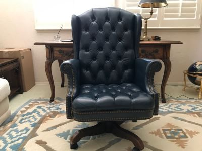Tufted Leather Executive Office Chair By North Hickory Furniture Company
