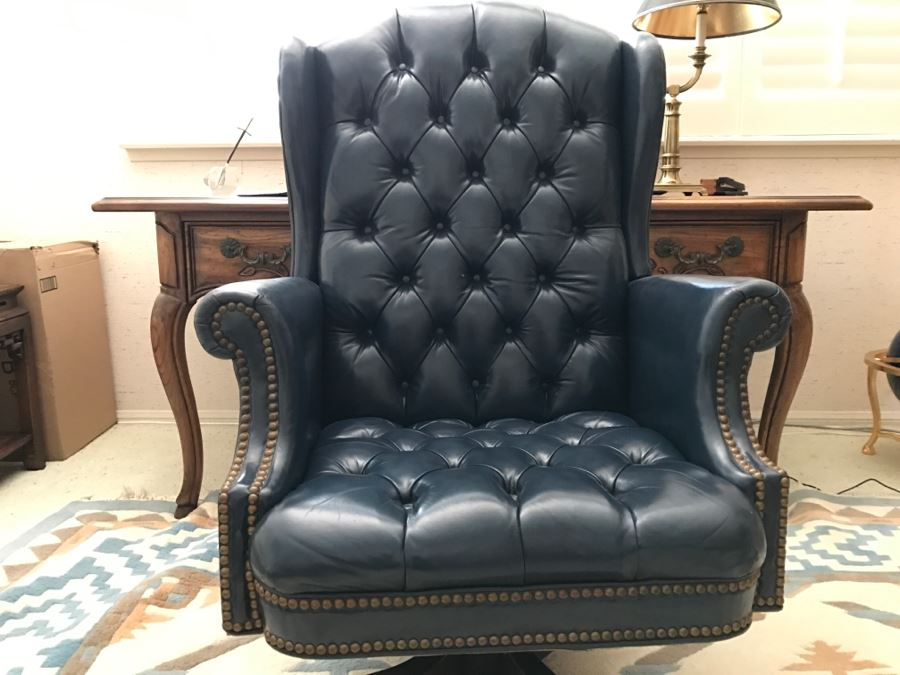 Merveilleux Tufted Leather Executive Office Chair By North Hickory Furniture Company  [Photo 2]