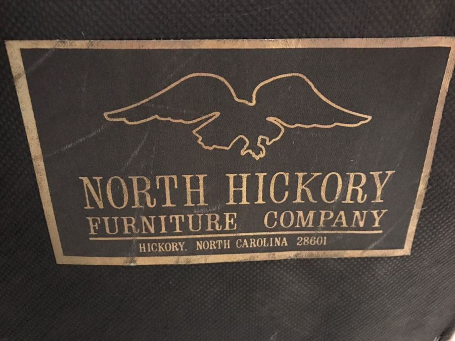Beau Tufted Leather Executive Office Chair By North Hickory Furniture Company  [Photo 8]