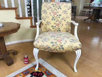 Vintage Queen Ann Upholstered White Chabby Chic Chair