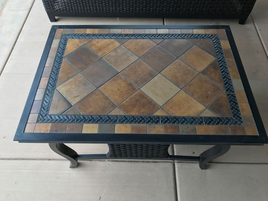 Outdoor Aluminum Tile Top Patio Furniture Coffee Table