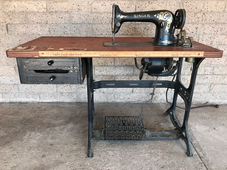 Vintage Singer 4040 Industrial Sewing Machine SN H40 With Enchanting Old Singer Sewing Machine And Table