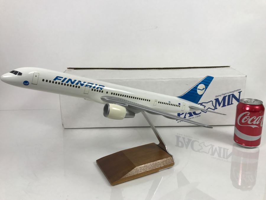 Pacific Miniatures PacMin Precision 1/100 Scale Model Airplane Of FINNAIR Boeing 757-200 With Box [Photo 1]