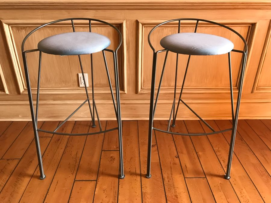 2 Vecta Steelcase Modern Bar Stools Chairs [Photo 1]