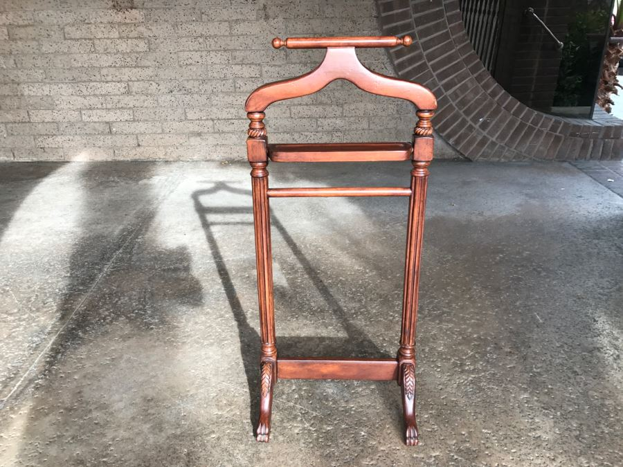 Wooden Menu0027s Valet Stand Suit Stand [Photo ...