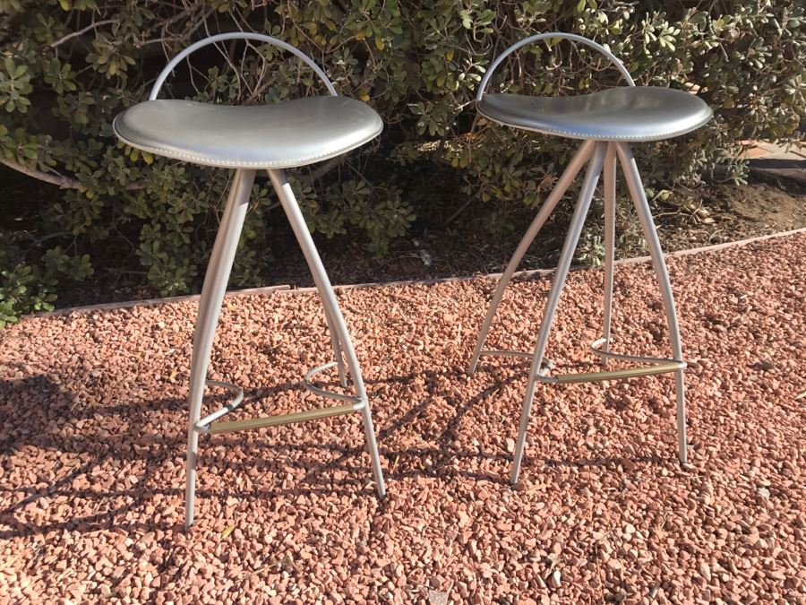JUST ADDED - Pair Of Stylish Modern Metal Bar Stools By Cattelan Italia Made In Italy