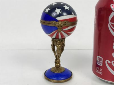 Peint Main Limoges France Porcelain Trinket Box American Flag Globe