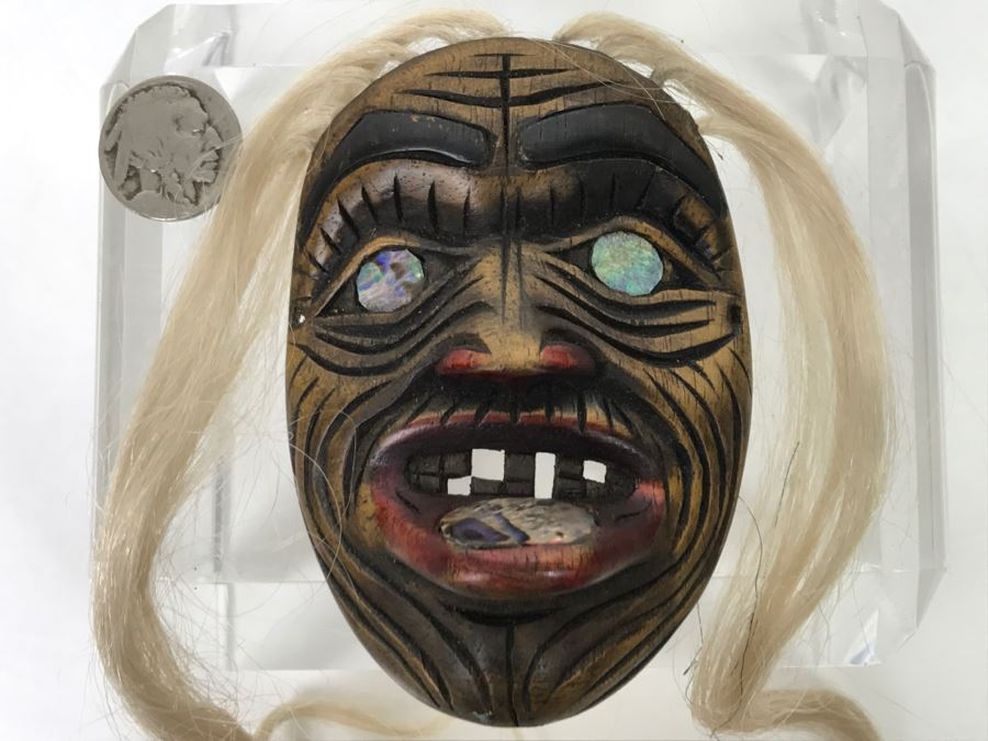 Rich LaValle Non-Indian Wood Carving Mask Made From Wood, Abalone And Paint Northwest Coastal Alaska Tlingit Highly Recognized [Photo 1]