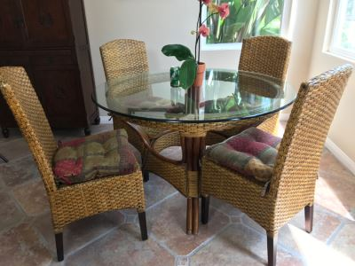 Indonesian Pier 1 Imports Glass Top Round Dining Table With (4) Chairs 4'R X 30'H