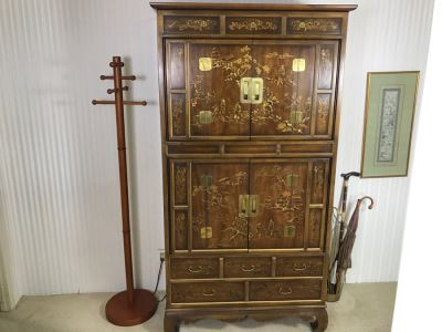 Vintage Drexel Heritage Chinoiserie Cabinet - Great For A Bar - Sold Empty