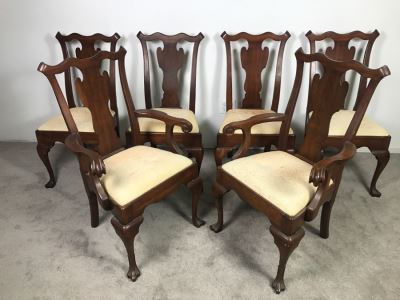Set Of (6) Designer Solid Wood Queen Anne Dining Chairs With Claw Feet 2 Are Armchairs (Seat Cushions Need New Upholstery)