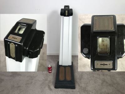 Art Deco Coin-Op Mechanical Scale By The Hamilton Scale Co Person Weigher Model P-W 41'H