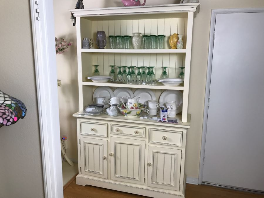White Shabby Chic China Cabinet