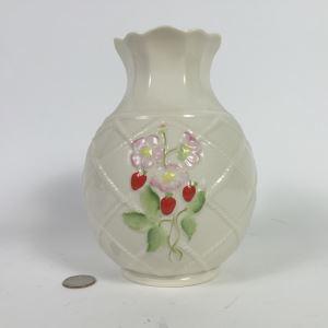 Belleek Ireland Vase