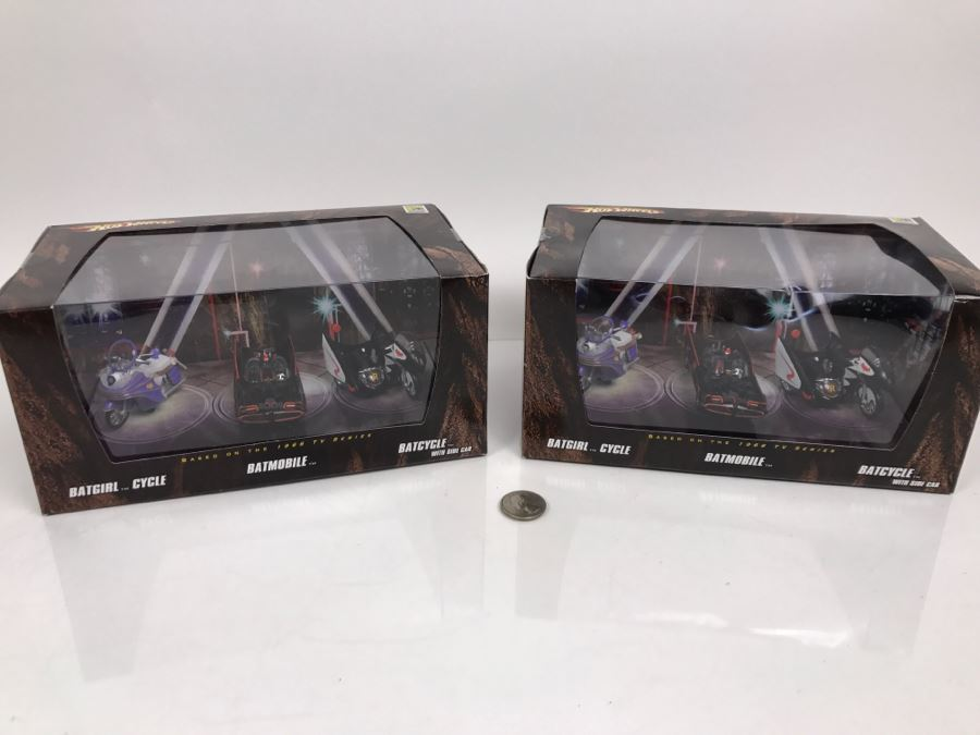 Pair Of Comic-Con Exclusive Hot Wheels Batman Batgirl Cycle, Batmobile, Batcycle With Side Car Based On 1966 Tv Series Mattel 2008 New Old Stock