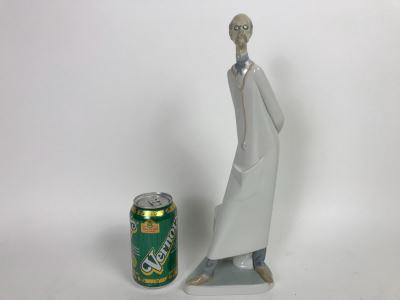 Lladro 4602 Doctor Medico Figurine 13 1/2'