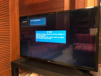 SAMSUNG UN32J400D HDMI USB HD TV
