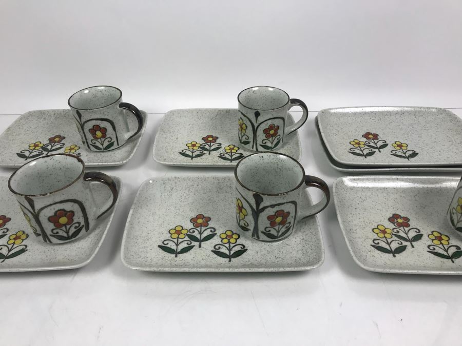 Set Of (5) Vintage Stoneware Luncheon Plate Sets With Coffee Cups And (2) Extra Plates [Photo 1]